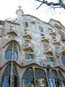 Modernismo borghese: dal Passeig de Gràcia al Park Güell